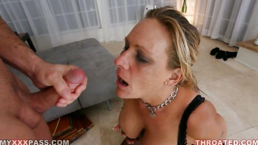 Matured Hot Whore Debi Diamond Loves Getting Cummed On Her -5587