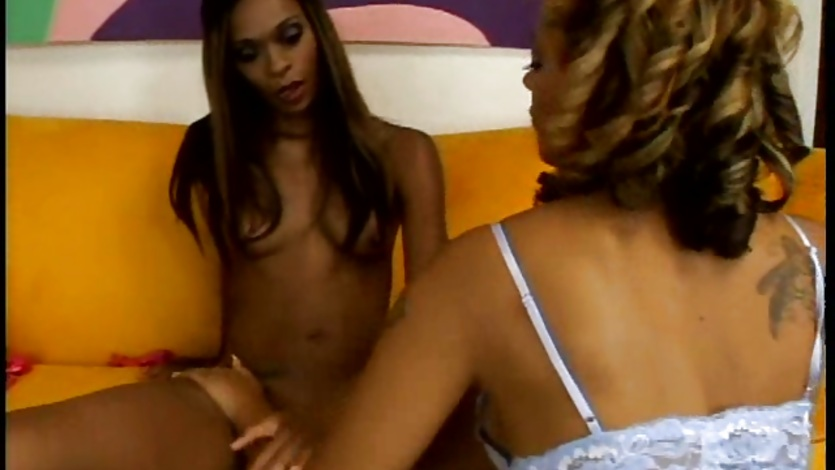 Black bitch Alana Lee gets too hot to handle on the couch with her girlfriend