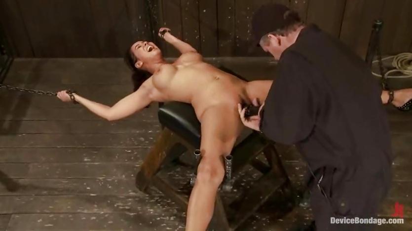Wide hips girl naked-1495