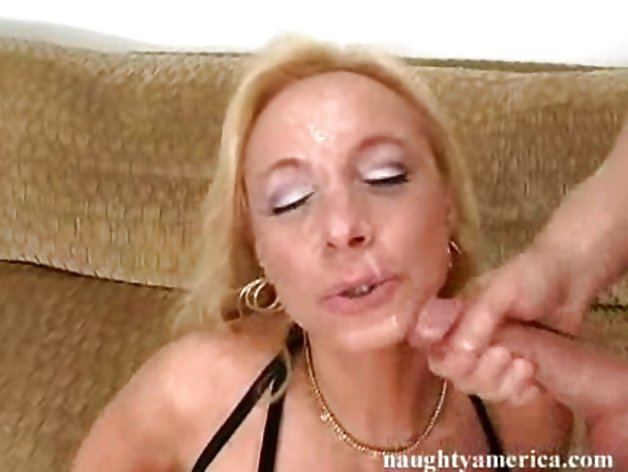 naked aussie mums pussy