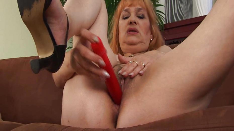 Busty Redhead Milf Hairy Pussy