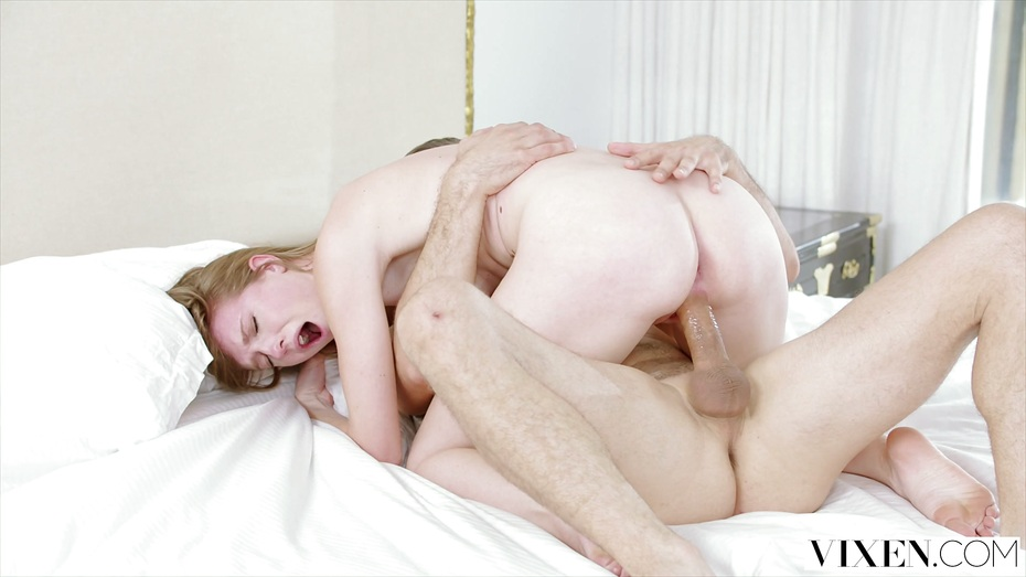 Free Hd Vixen Shes Addicted To Fucking Her Boss Porn Photo