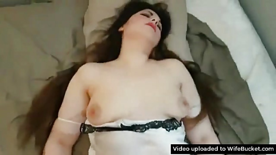 Have sex with drunk sleeping girl porn